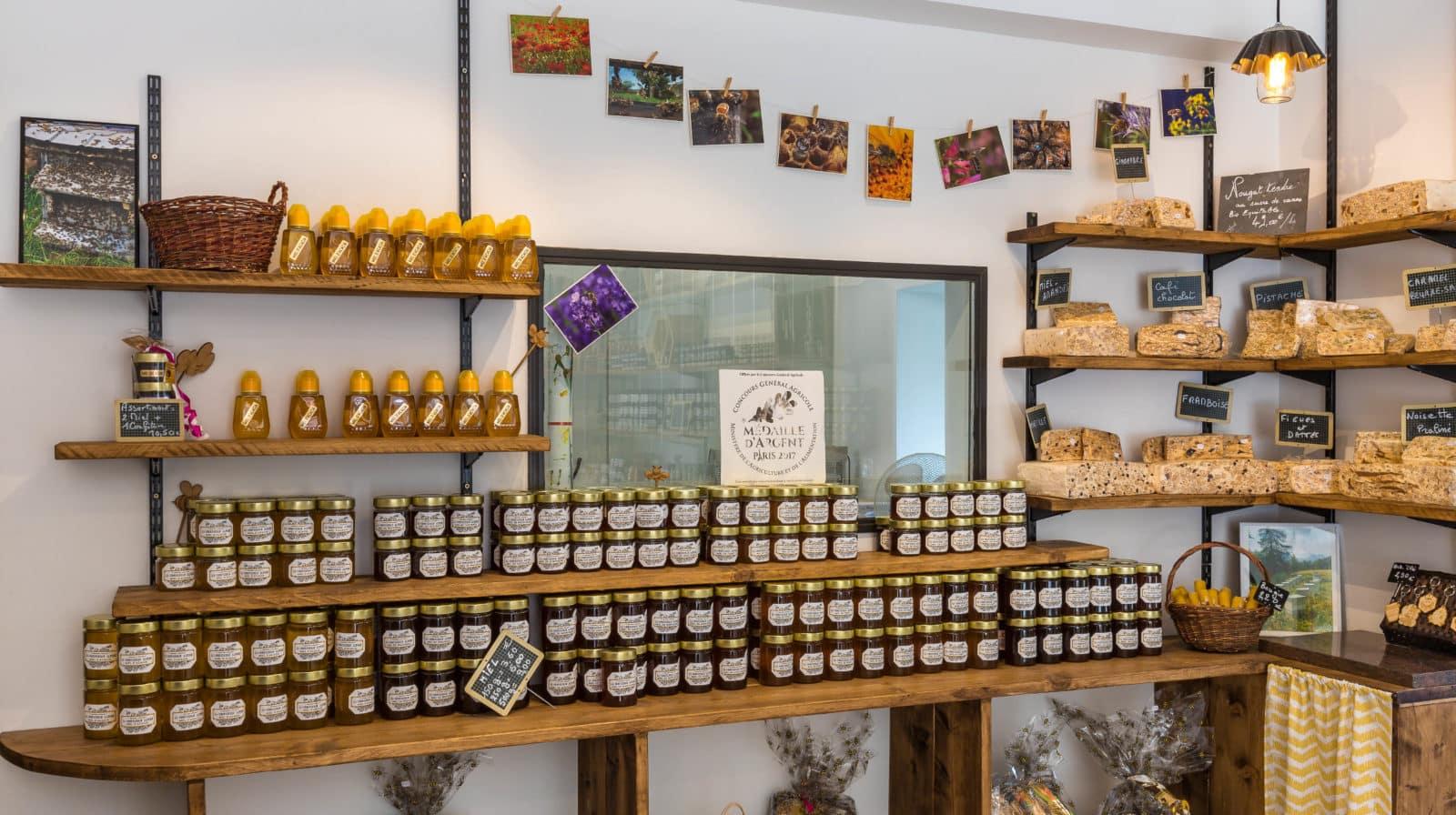 Confiserie Alpine Fabrication Artisanale de Miel et de bonbons dans les Hautes Alpes Pont du fossé